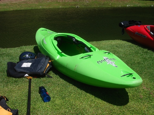 Green Kayak - California