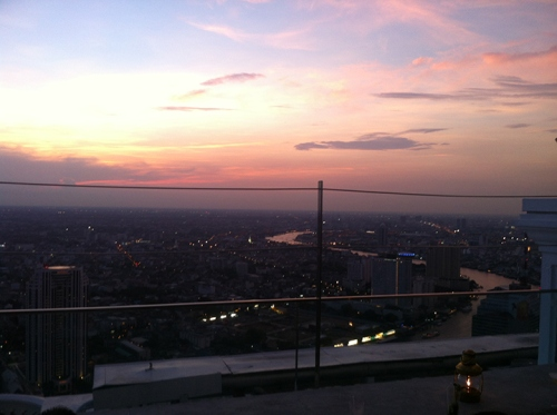 One sunset in Bangkok.
